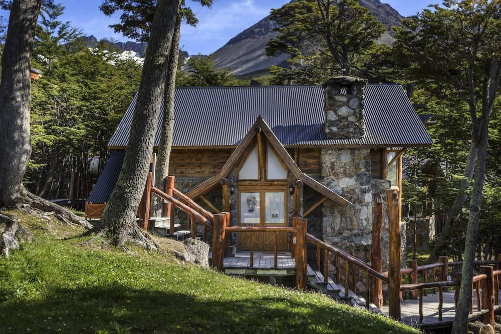 Hotel De Montaña Cumbres del Martial