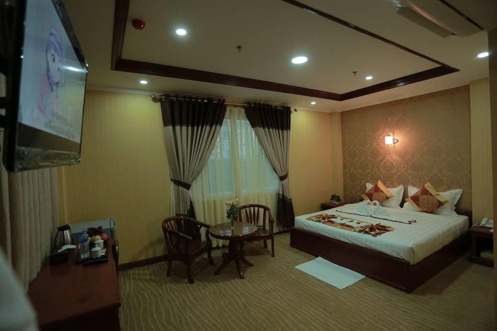 Silver City Hotel