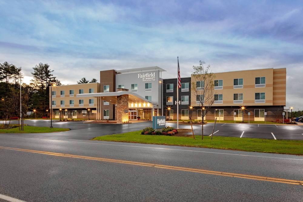 Fairfield by Marriott Inn & Suites Queensbury Glens Falls/Lake George Area